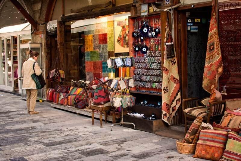Fatih-Arasta-Çarşısı-3
