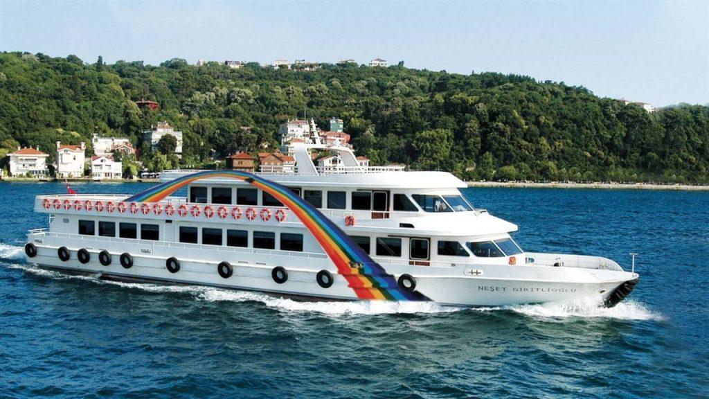 istanbul-bosphorus-cruise-and-audio-guide-3274